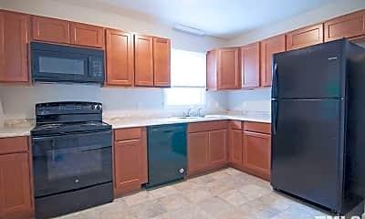 Kitchen, 2223 Summit St 2, 1
