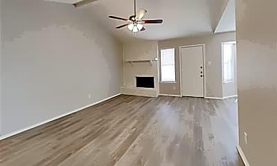 Living Room, 7500 Cedarhill Rd, 1