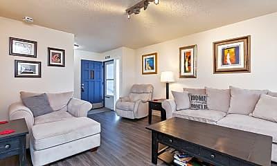Living Room, 1622 SW 22nd St, 1