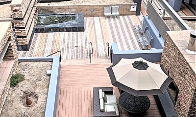 Patio / Deck, 629 Traction Ave, 2