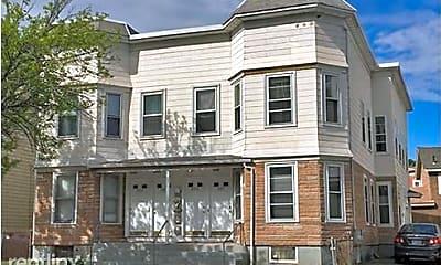 Building, 337 Beacon St, 2
