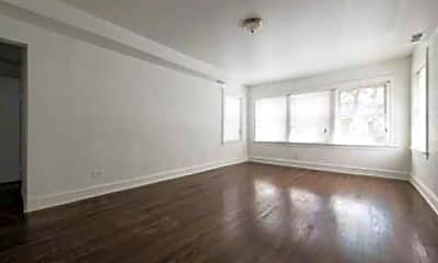 Living Room, 7954 Justine- Pangea Real Estate, 1