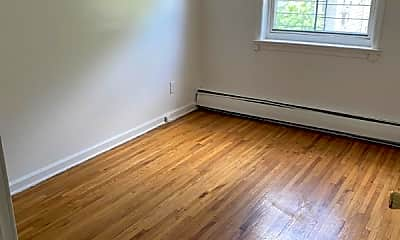 Bedroom, 4055 Laconia Ave, 1