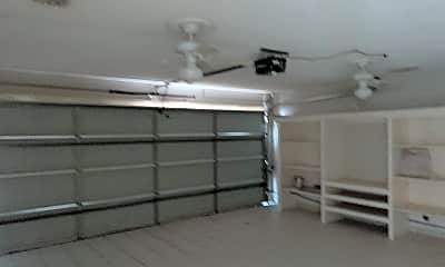 Fitness Weight Room, Encarnasion, 2