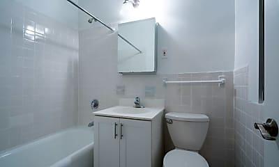 Bathroom, 111 E 89th St, 1