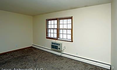 Bedroom, 1020 Ashworth Rd, 2