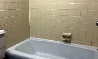 Bathroom, 307 3rd Ave NW, 2