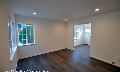 Living Room, 655 Fairmont Ave, 0
