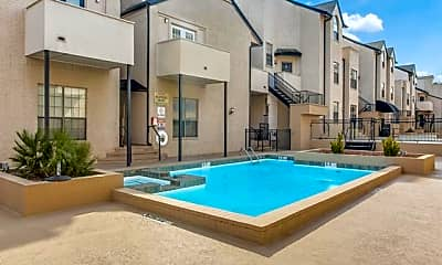 Pool, 3901 Travis St 224, 2
