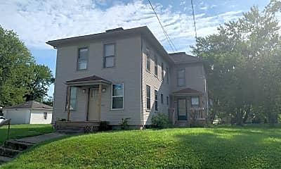 Building, 529 S Boston St, 1