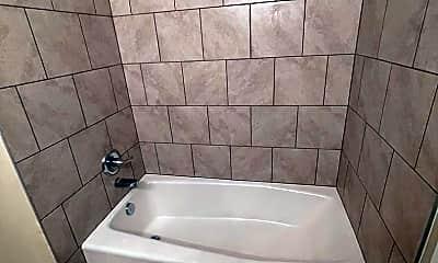 Bathroom, 5304 Rio Grande Ave, 2
