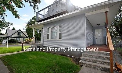 Building, 728 E Bridgeport Ave, 0