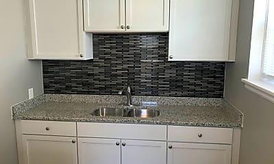 Kitchen, 969 Smith Ave S, 1