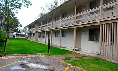 Building, 521 E 13th St, 1
