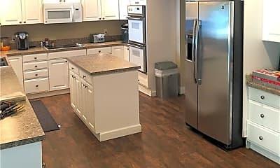Kitchen, 18129 Crawley Rd, 2