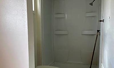 Bathroom, 92-672 Aahualii St, 1
