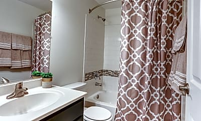 Bathroom, Cambridge Square, 2