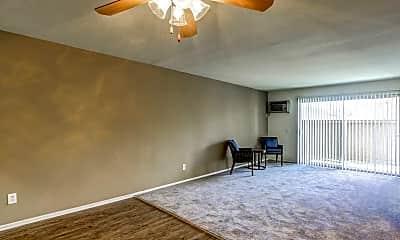 Living Room, Garden View, 2