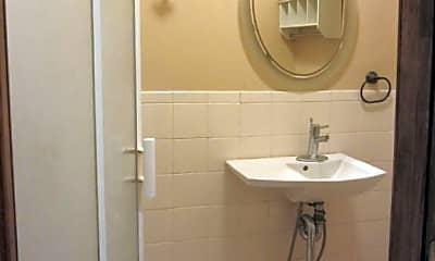 Bathroom, 283 22nd St, 2