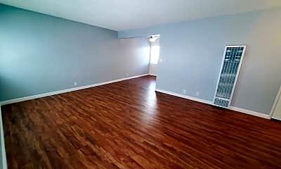 Living Room, 4027 137th St, 0