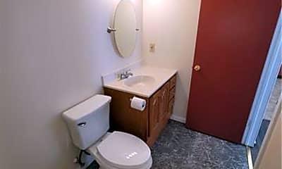 Bathroom, 42 Broadway A, 2