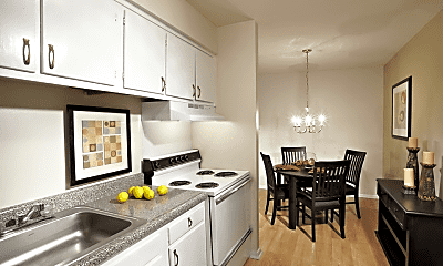 Kitchen, Highland Manor Apartments, 1