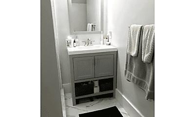 Bathroom, 69 I St, 2