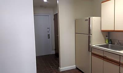 Kitchen, 904 Spruce St, 2