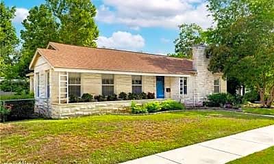 Building, 623 E College St, 1