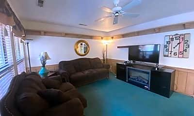 Living Room, 480 S 200 W, 1