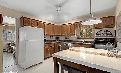 Kitchen, 3 Mercury Ct, 2