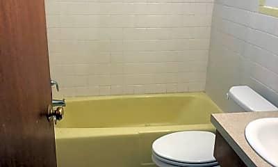 Bathroom, 91 Leffingwell Rd, 1