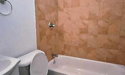 Bathroom, 1723 W Diamond St, 2