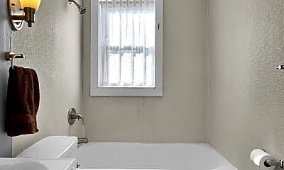 Bathroom, 5023 Elenore Ave, 2