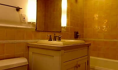 Bathroom, 50 Winchester St, 0