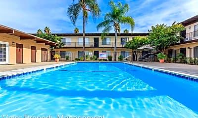 Pool, 1037 E Lexington Ave, 0