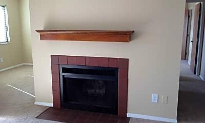 Living Room, Chimneys of Oak Creek, 2