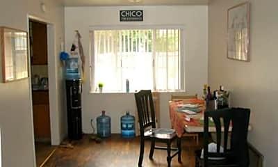 Living Room, 1209 Warner St, 2