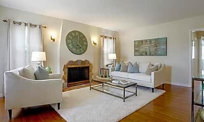 Living Room, 360 Pershing Dr, 1