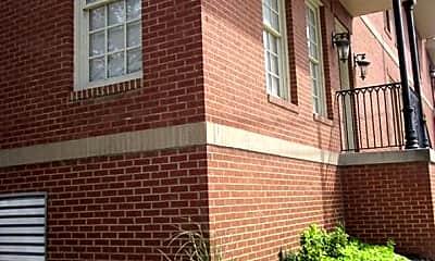 Building, 65 W Pontotoc Ave 102, 1