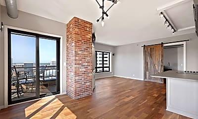 Living Room, 168 6th St E 2702, 1