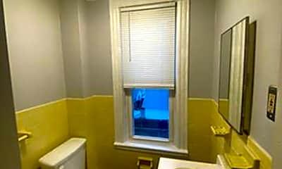 Bathroom, 1049 Charles St, 2