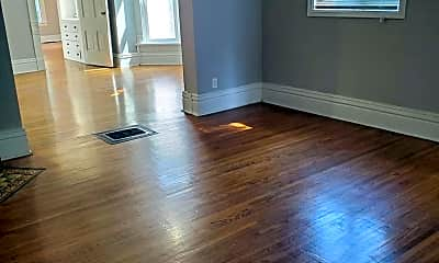 Living Room, 520 W 7th St, 2