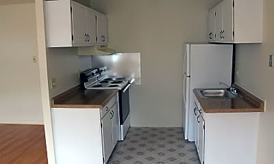 Kitchen, 215 N Everhart Ave, 1