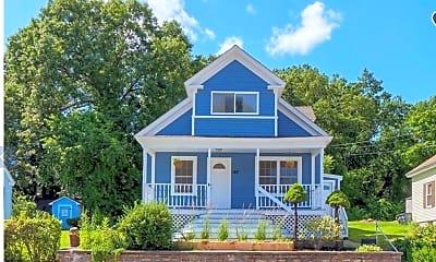 Building, 142 E Meadow Rd 1, 0