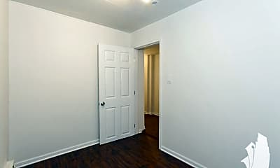Bedroom, 1243 N Damen Ave., 1