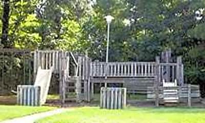Lynnhill Commons I & II, 2