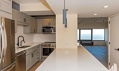 Kitchen, 165 E Delaware Pl, 2