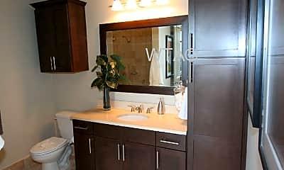 Bathroom, 101 Colorado St, 2