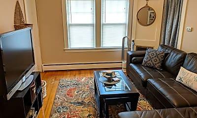 Living Room, 1625 Centre St, 0